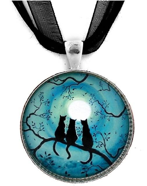 three black cats pendant