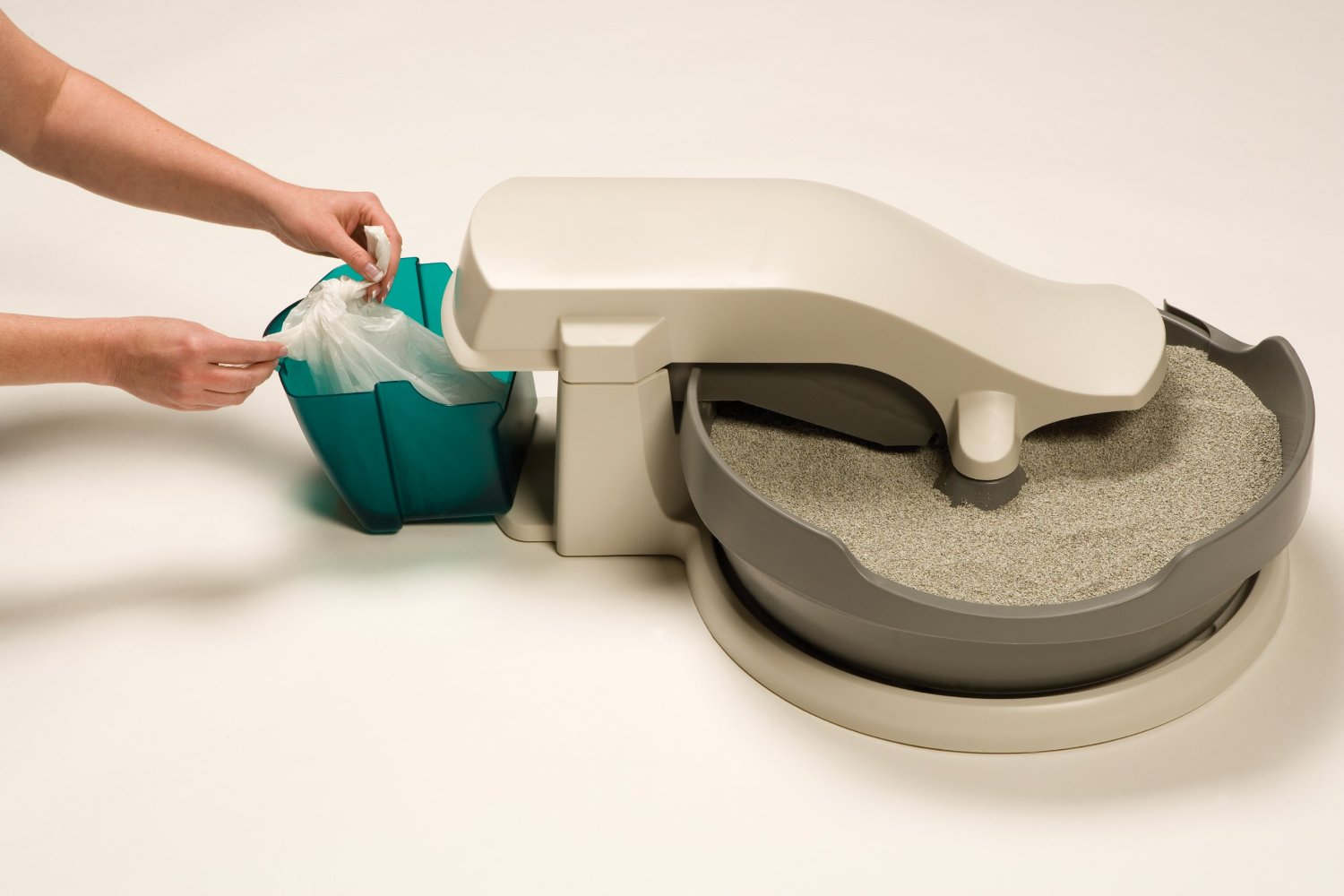 Self Cleaning Kitty Litter Box